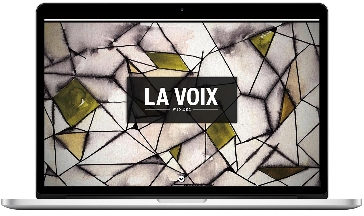 La Voix Winery Home with Label Artwork